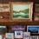 そのため、登山の拠点として宿泊する人も多し! 水明荘のロビーには、宿泊者たちの写真や寄せ書きがたくさん飾られていました。