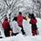 お昼休みが終わると、マイクさん自らもイグルー作りに参戦。本日の雪は南岸低気圧の影響で「すっごいいい雪!」だとか。
