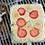「次にホットケーキミックス的なもので生地を作り、『LOGOS ホットサンドパン』であたためます」(寺園)