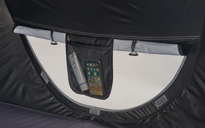 メッシュ窓とサイドポケット付き