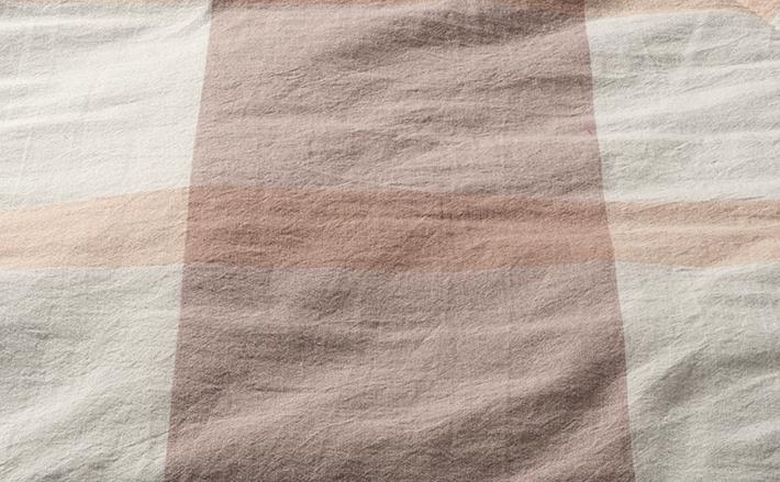 表面はさらさらコットン。綿の天然素材でさらさら快適。