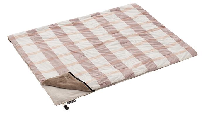 同品番の寝袋と連結可能
