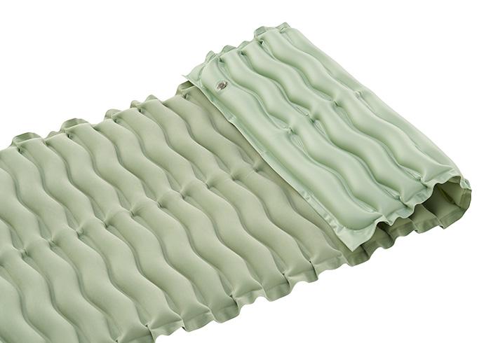 枕にもなるロングサイズ設計