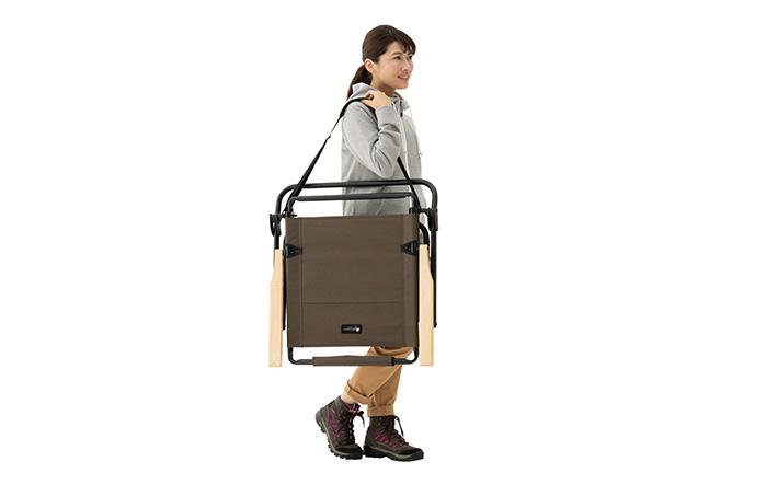 持ち運びに便利なベルト付き