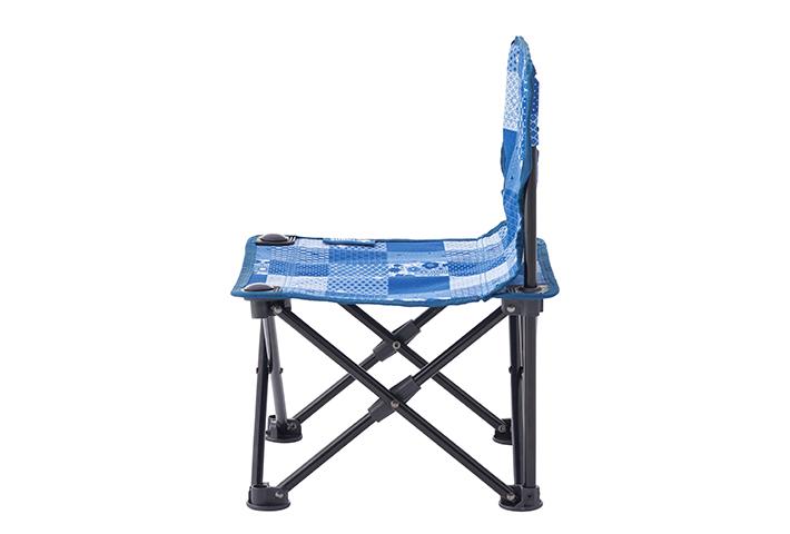 低い座面が使いやすく快適