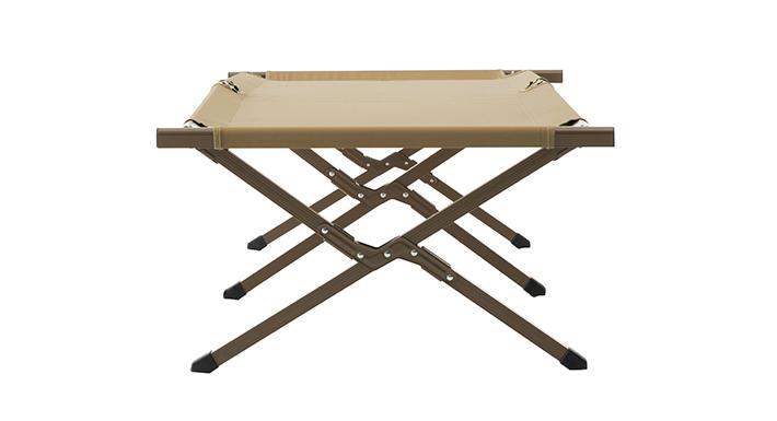 地面からの湿気を防ぎ、地面の凹凸を気にせず眠れる