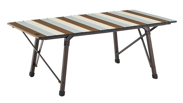 小型チェアなみに小さくたためるローテーブル。