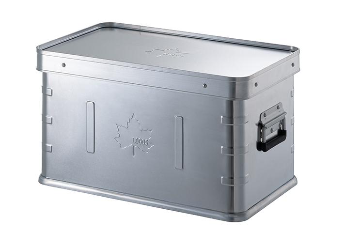 キャンプギアの収納や移動に便利なスタックできるフタ付きアルミ製コンテナボックス
