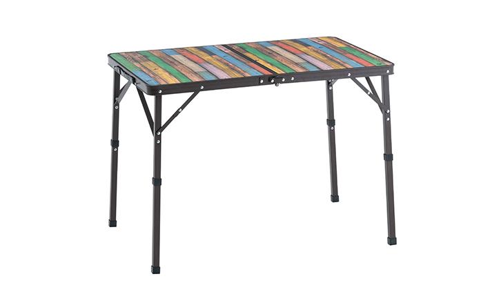 丸洗いできてコンパクト収納! 使いやすいサイズのダイニングテーブル