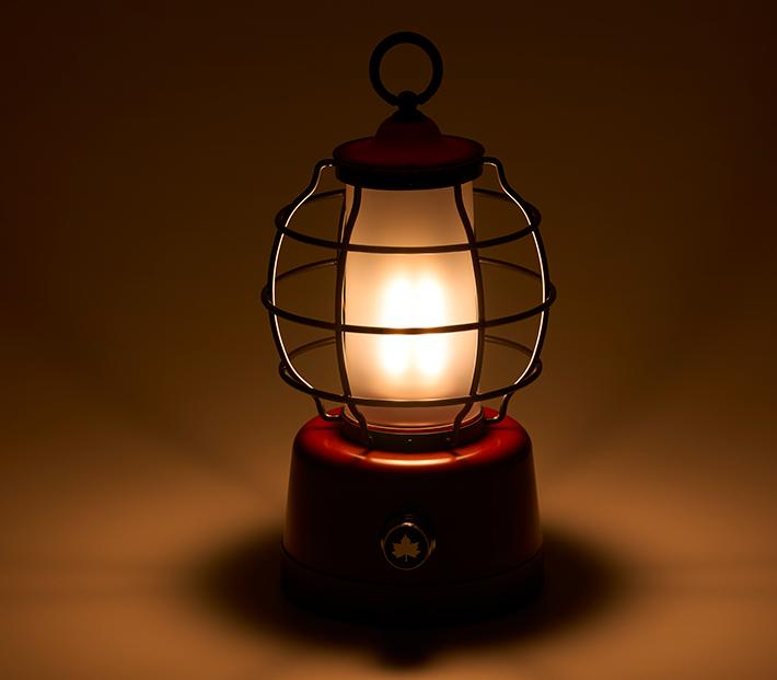 ロマンチックで温もりのある 暖色ライト
