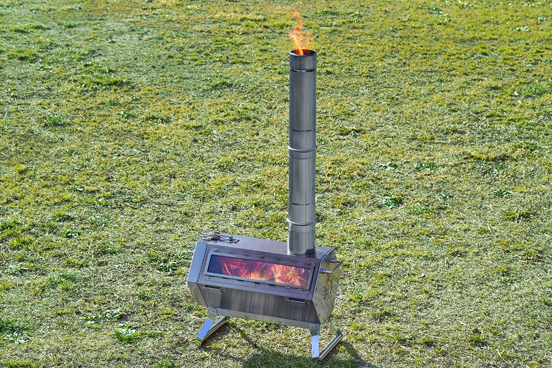 煙突高は最長57cm!簡単調理もできる六角フォルムの小型薪ストーブ。
