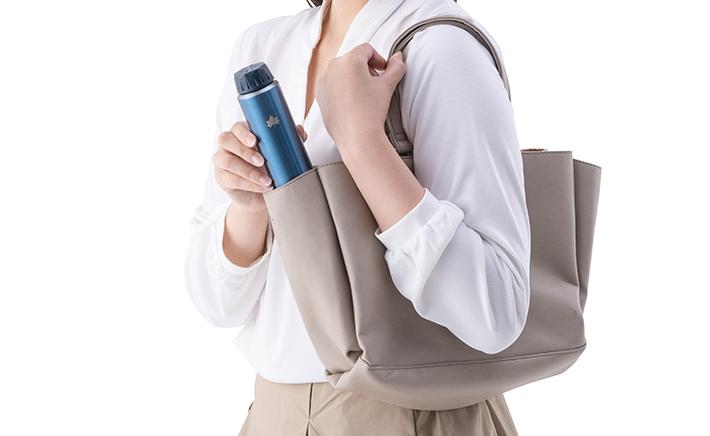 小型バッグにもすっきり収まる極細タイプ