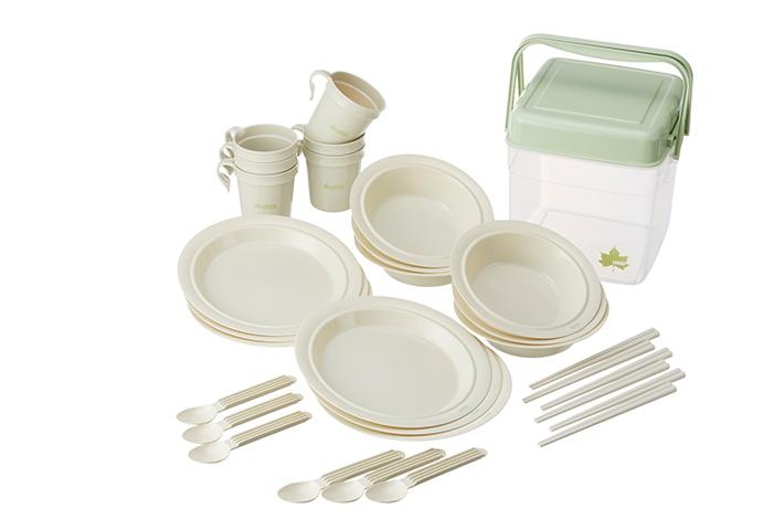 6人分の食器セットをコンパクトに収納! 持ち運びやすい食器セットBOX