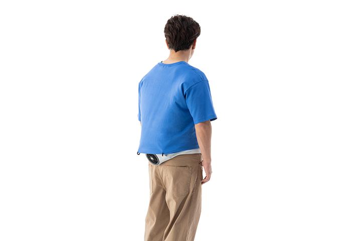 フックで服の被りを防ぐ