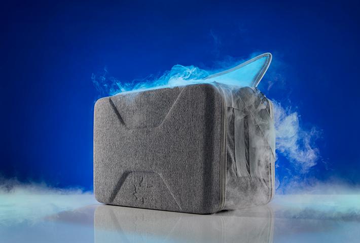 別売りの氷点下パックとの併用で驚異の保冷力!アイスクリームを最大7時間保存できます。
