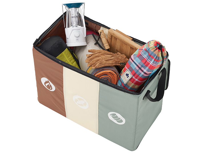 行きはキャンプ用品を入れて、現地ではゴミ箱に